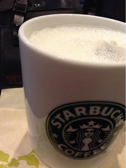 損してるかも?スタバのティーラテを「オールミルク」で頼むべきたったひとつの理由の画像