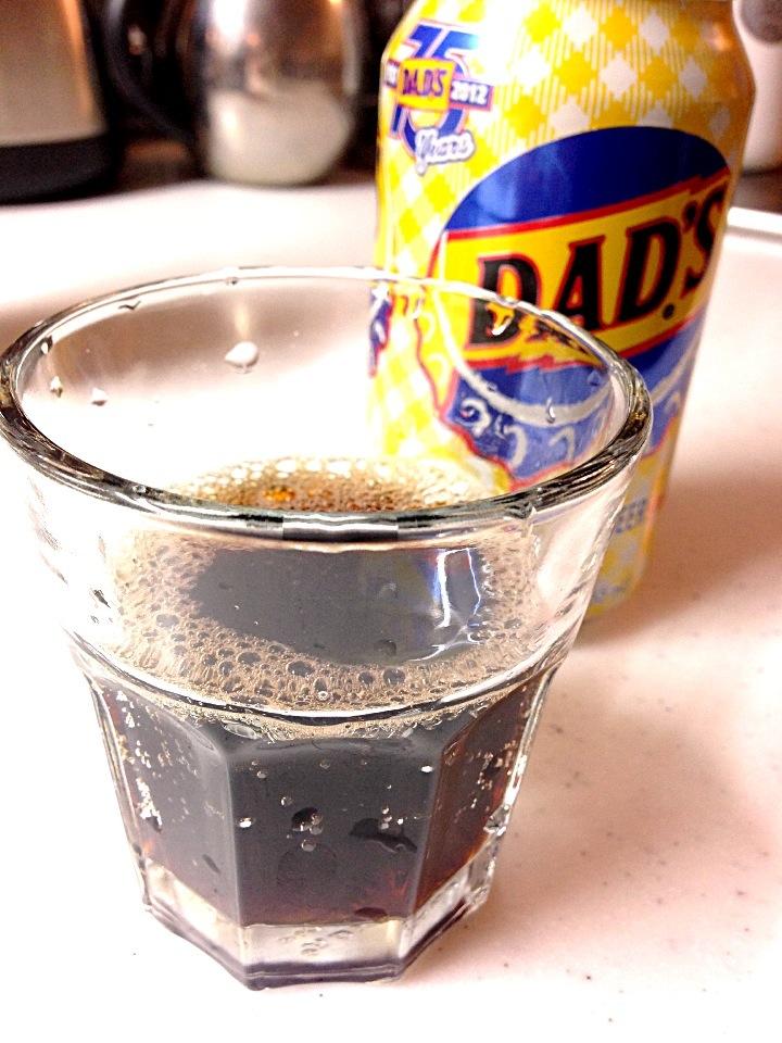 ノンアル飲料「ルートビアー」をご紹介!湿布の味がするのは原材料のせい!?の画像