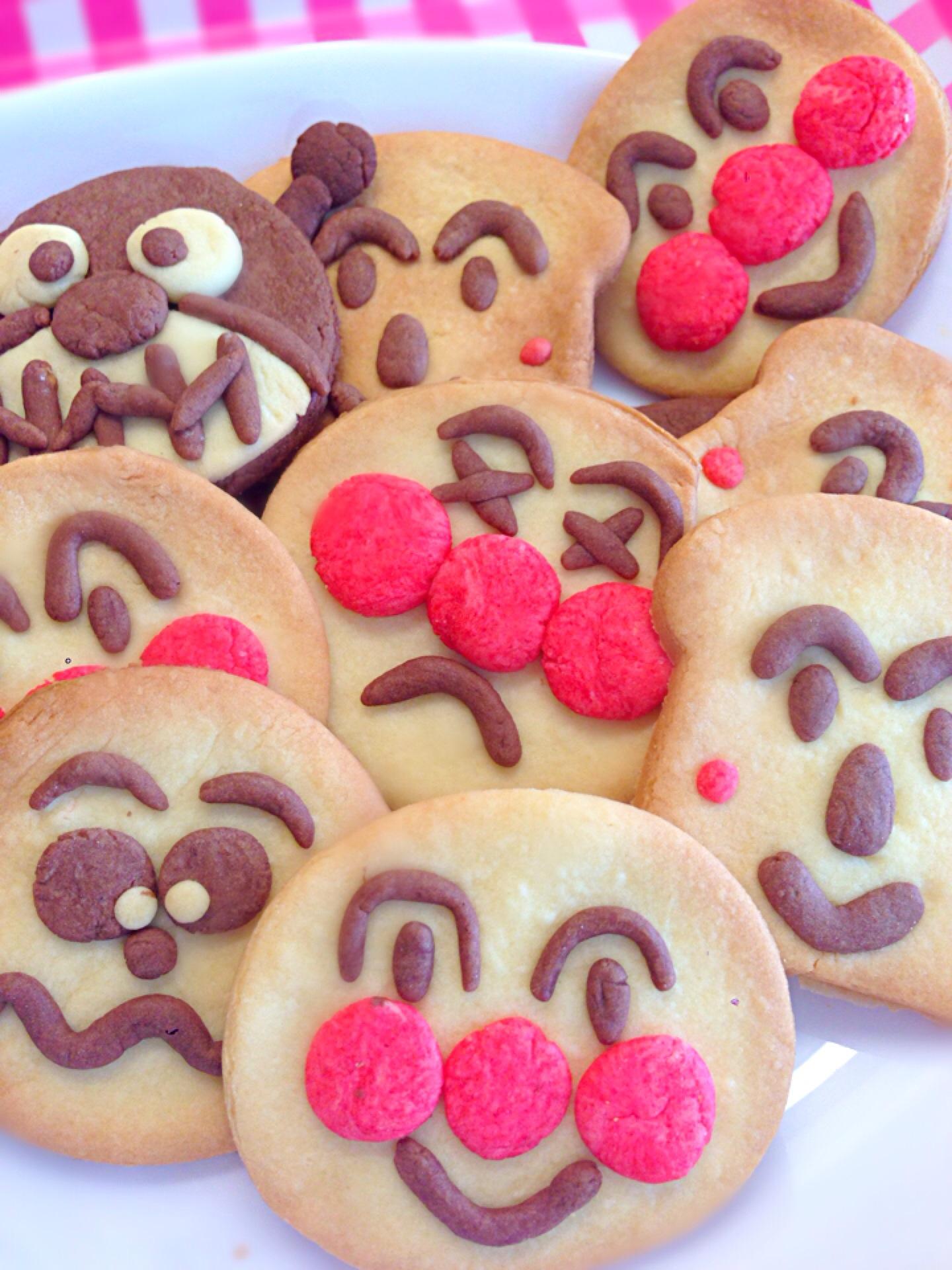 アンパンマンのかわいいお菓子10選!プレゼントやお出かけにおすすめ