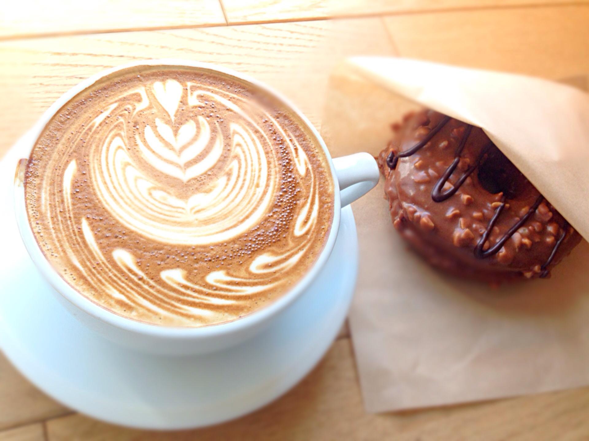 おしゃれ女子の新定番!渋谷「ストリーマーコーヒーカンパニー」のラテに夢中♩