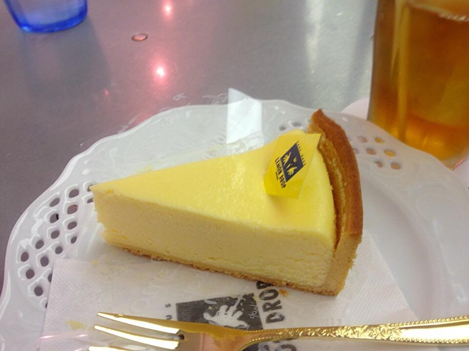 ひと口で幸せ♩吉祥寺の有名ケーキ店「レモンドロップ」で優雅なティータイムを