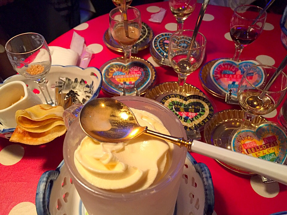 100種類のリキュールで!すすきの「ミルク村」で大人のアイスを楽しもう♩