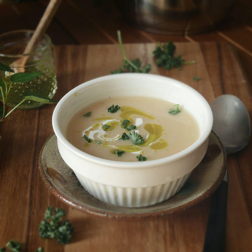 冷たくてもおいしい♪じゃがいもを使った人気スープレシピ10選