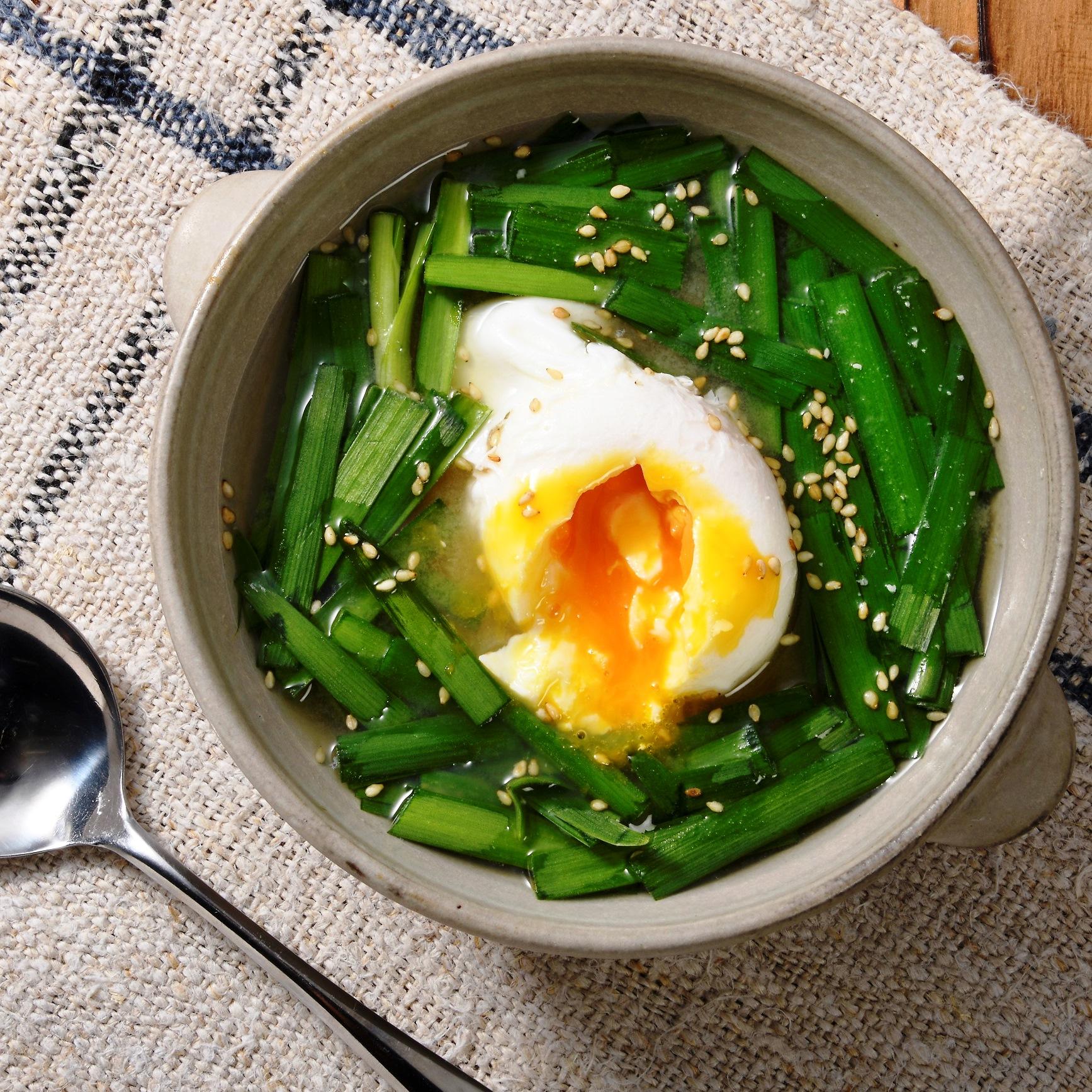 味噌汁 ニラ 卵