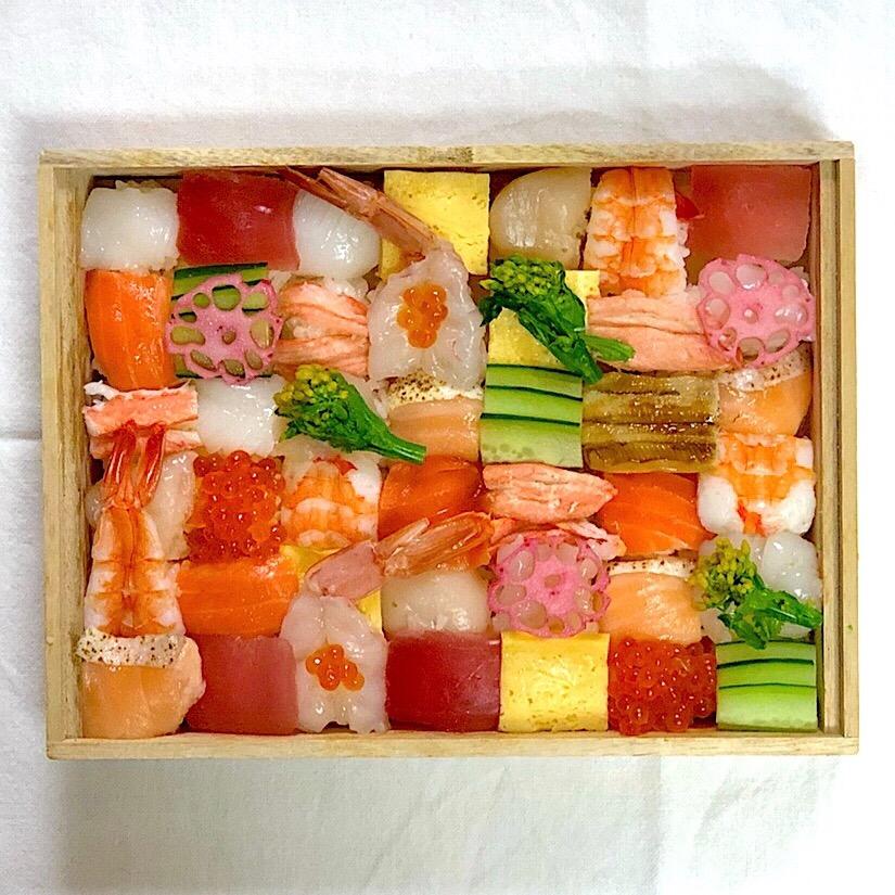 思わずうっとり。カラフルな「モザイク寿司」を作ってみよう