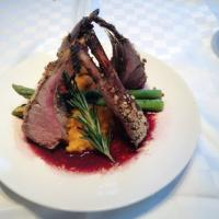 Rack of lamb with wine sauce