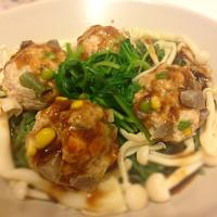 Healthy veggie meatball with seaweed agar noodle & baby kale