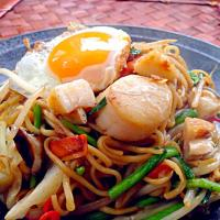 Oyster sauce fried noodle of scallop🐚