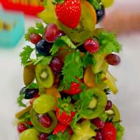 small fruits and vegetables Christmas tree
