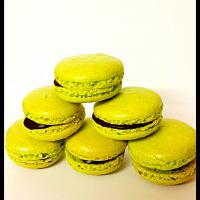 After Eight Macarons #after #eight #macarons #dark #chocolate #peppermint #flavour