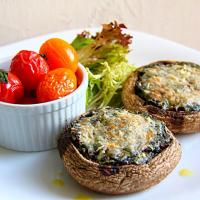 Mushroom stuffed with spinach & goat cheese