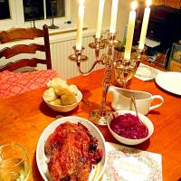 Christmas Eve Dinner roasted duck stuffed with prunes andapricots, german potatoe dumplings and braised red cabbage #christmas #Eve #Dinner #Duck #roast #dumpli