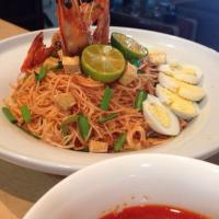 Mee Siam. Rice Vermicelli Noodle with creamy & spicy gravy.