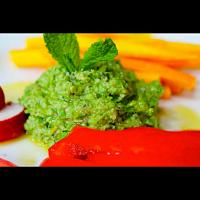 Raw Green Pea Mint Hummus
