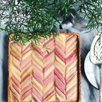 Rhubarb and orange tart