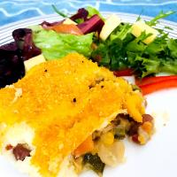 Vegetable Cottage Pie & Salad