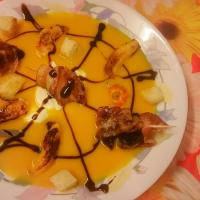 selfmade 🎃 pumpkin soup / Kürbis Suppe with Bacon Mushrooms / Speck Champignons and grilled Apples, carrots and pumpkins / und gegrilltem Apfel, Karotte und Kür