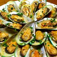 ✨BAKED MUSSELS in garlic-butter...ムール貝のガーリックバーター焼き✨