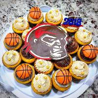🏀Cupcakes for Raiders' Basketball Team!!🏀