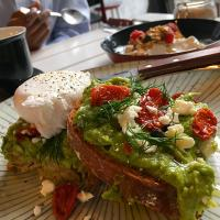Avocado heaven with poached egg  🥑🍳🍅🥑🍳🍅🥑🍳