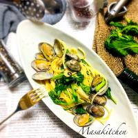 Fieldmustard&clams pasta