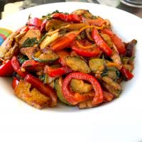 Red bell pepper and tofu stir fry