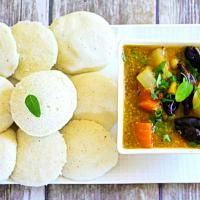 Steamed Rice cakes and Pigeon peas vegetable soup(Traditional)