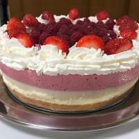 No bake berries cheesecake