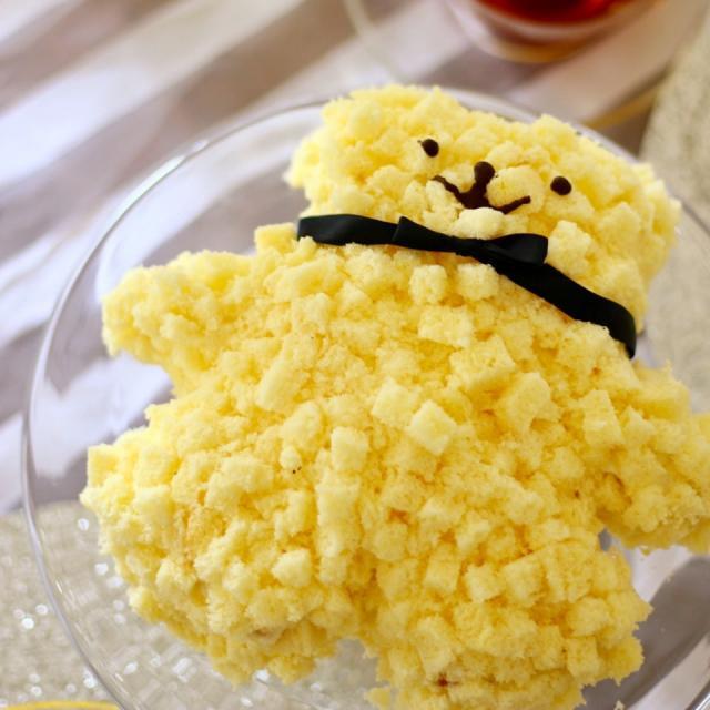 クマさん型 ミモザケーキ