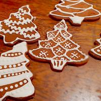 Christmas tree cookies #Christmas #christmastree #cookies #gingerbread #gingerbreadcookies #decorated #decoratedcookies