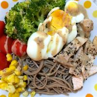 Stir fried chicken breast & soba bowl with sesame dressing