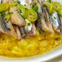 Fresh marinated sardines with mashed potato