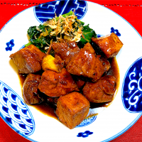 Sweet and spicy pork adobo