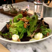 Roasted beetroot with mixed green, walnuts and goat cheese
