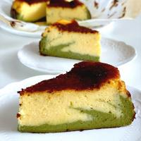 Basque burnt cheesecake with matcha