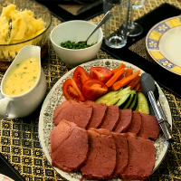 Australia corn beef #mashed potatoes #white sauce #fresh mixed veggies