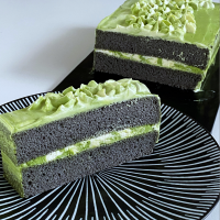 Black sesame cake, matcha chantilly cream