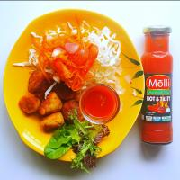 Chicken meatballs with fresh cabage and Thai carrot salad with Hot & Tasty Molli Hot Sauce