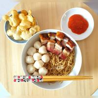 My home made pork belly noodle with fishball. Along with the Mickey Mouse shaped fried dumpling °●°