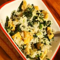 Rice, chicken, spinach, cheese bowl! It's as easy as the name sounds!