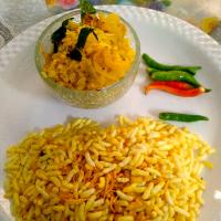 Flattened 🍚 rice Poha (flattened rice) is typically a Western Indian breakfast