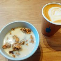 Hot Oat Latte & Granola☕️🥣