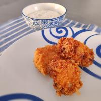 Fried chicken Bangkok style with yogurt and cumin dip (バンコク フライドチキン )