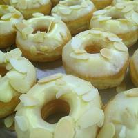 white chocolate almond donut