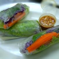 Vietnamese Vegetable Paper Roll With Peanut Butter Honey Soy