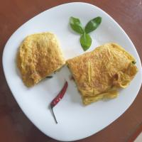 Thai Spicy Omelette with Basil